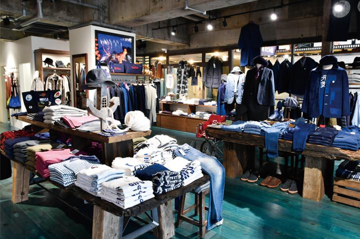 BLUE BLUE GIFU店内