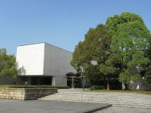 岐阜県美術館外観